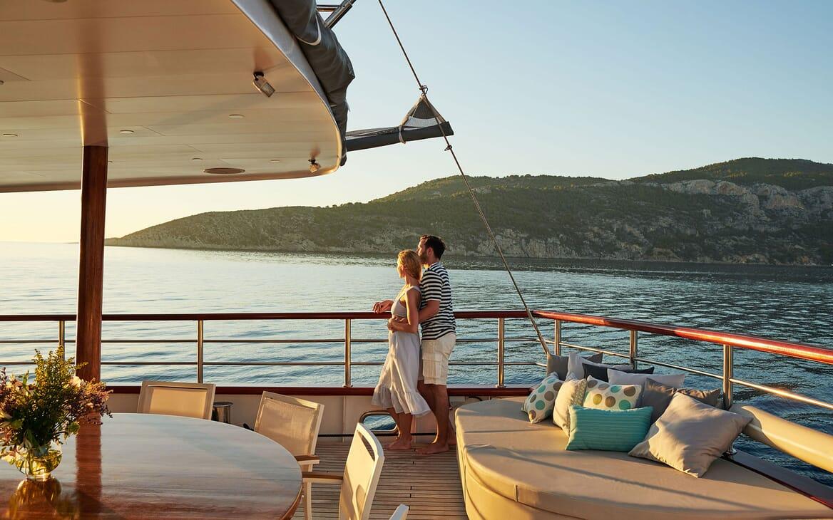 Sailing Yacht CORSARIO Sunset on Deck