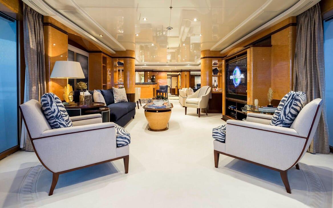 Motor Yacht LUCKY LADY Upper Deck Saloon