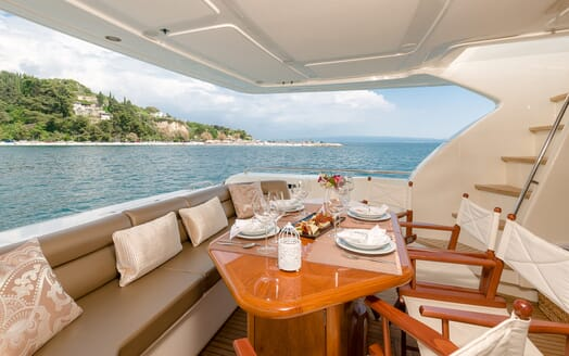 Motor Yacht Marino Aft Deck Dining