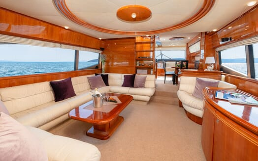 Motor Yacht Marino Main Saloon