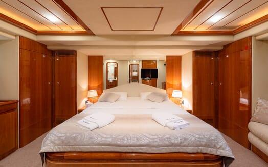 Motor Yacht Marino Master Stateroom