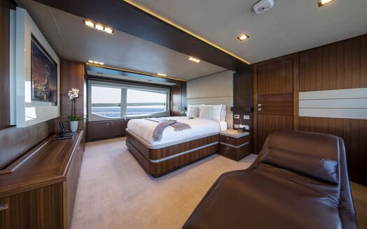 Motor Yacht CAMPO VERDE Master Stateroom