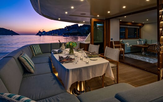 Motor Yacht VELVET GLOVE Aft Evening Dining