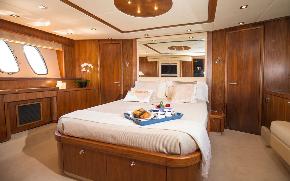 Motor Yacht MEDITERRANI IV Master Stateroom