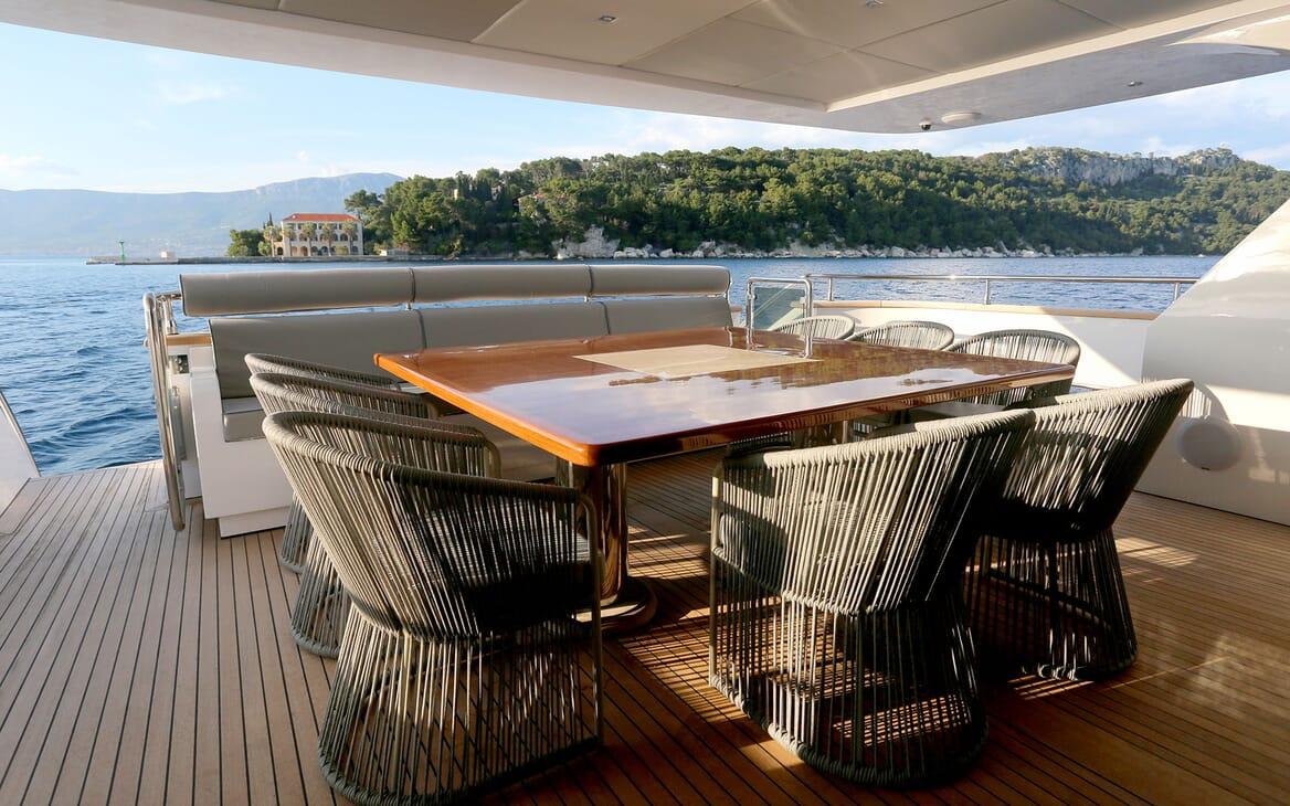 Motor Yacht Princess Lona Aft Table
