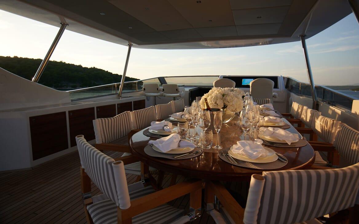 Motor Yacht Princess Lona Sun Deck Table