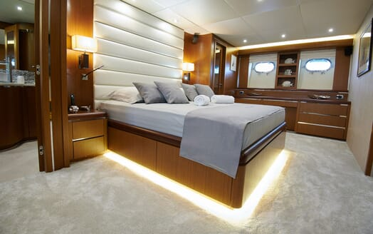 Motor Yacht Princess Lona Master Stateroom