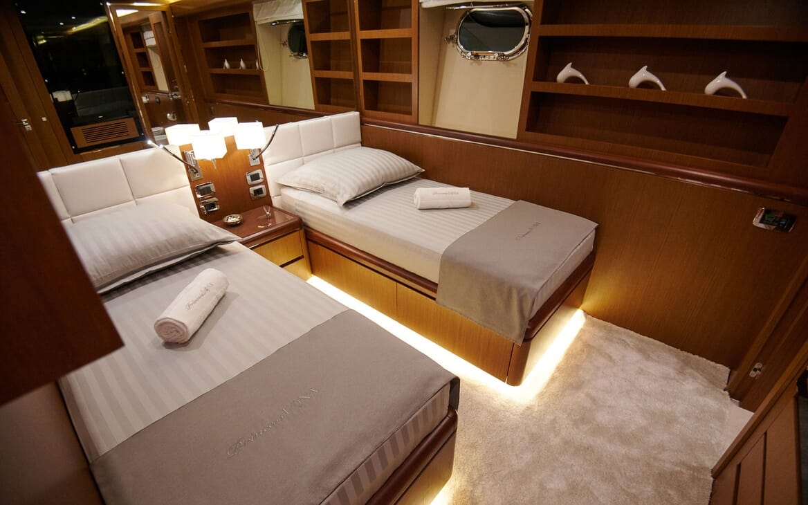 Motor Yacht Princess Lona Guest Twin Stateroom