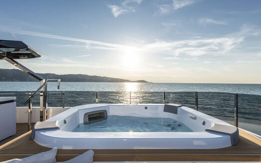 Motor Yacht CIAO Sun Deck Jacuzzi