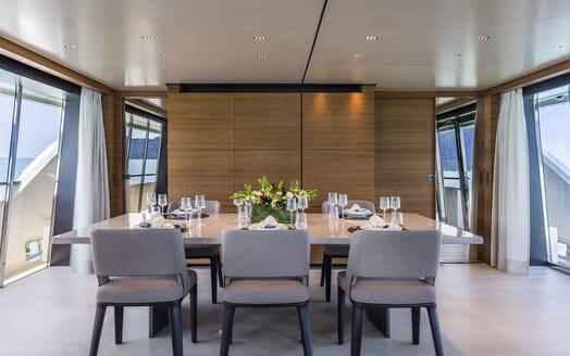 Motor Yacht CIAO Main Salon Dining Room