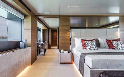 Motor Yacht CIAO Master Stateroom Bed and Hallway