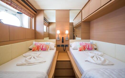Motor Yacht SALT Twin Stateroom