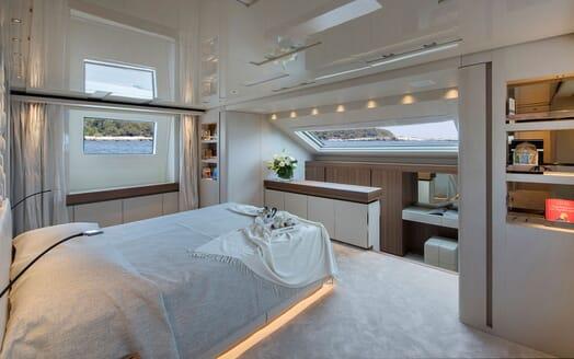 Motor Yacht ANDINORIA Master Stateroom