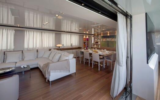 Motor Yacht ANDINORIA Main Saloon and Dining Table
