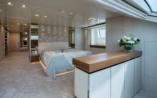 Motor Yacht ANDINORIA Master Stateroom 2