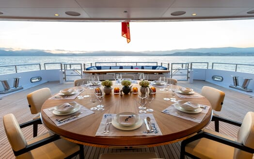 Motor Yacht SOARING Aft Deck Dining Table