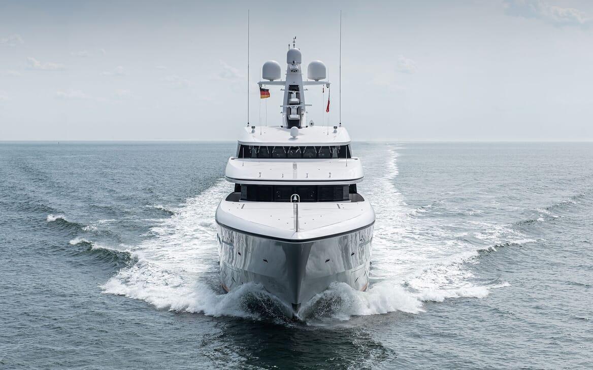 Motor Yacht SOARING Bow on Underway