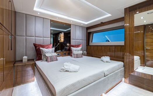 Motor Yacht ANGELUS Guest Double or Twin Stateroom