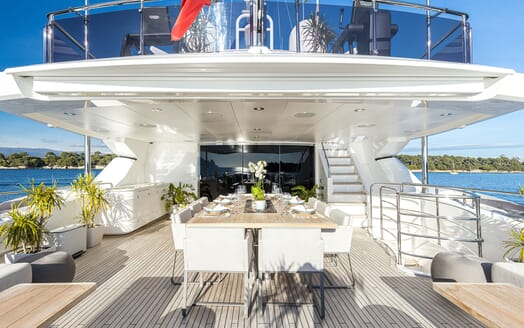 Motor Yacht ANGELUS Aft Deck Dining Table