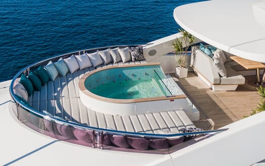 Motor Yacht ANGELUS Sun Deck Jacuzzi