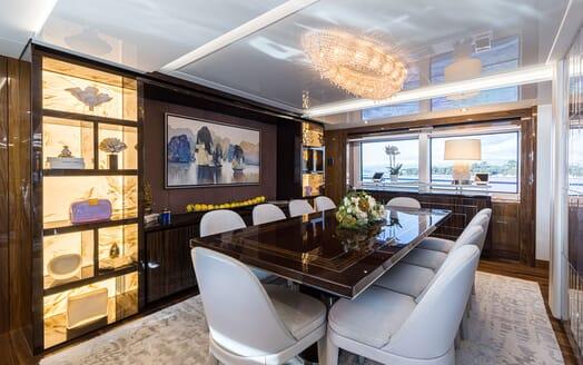 Motor Yacht ANGELUS Main Deck Dining Table