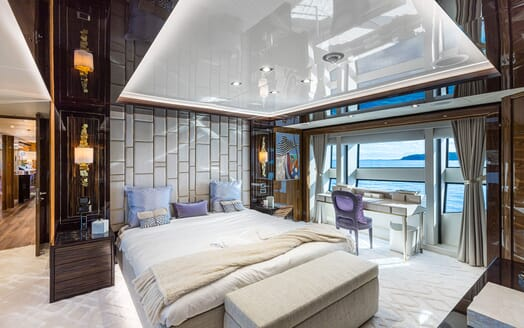Motor Yacht ANGELUS VIP Stateroom