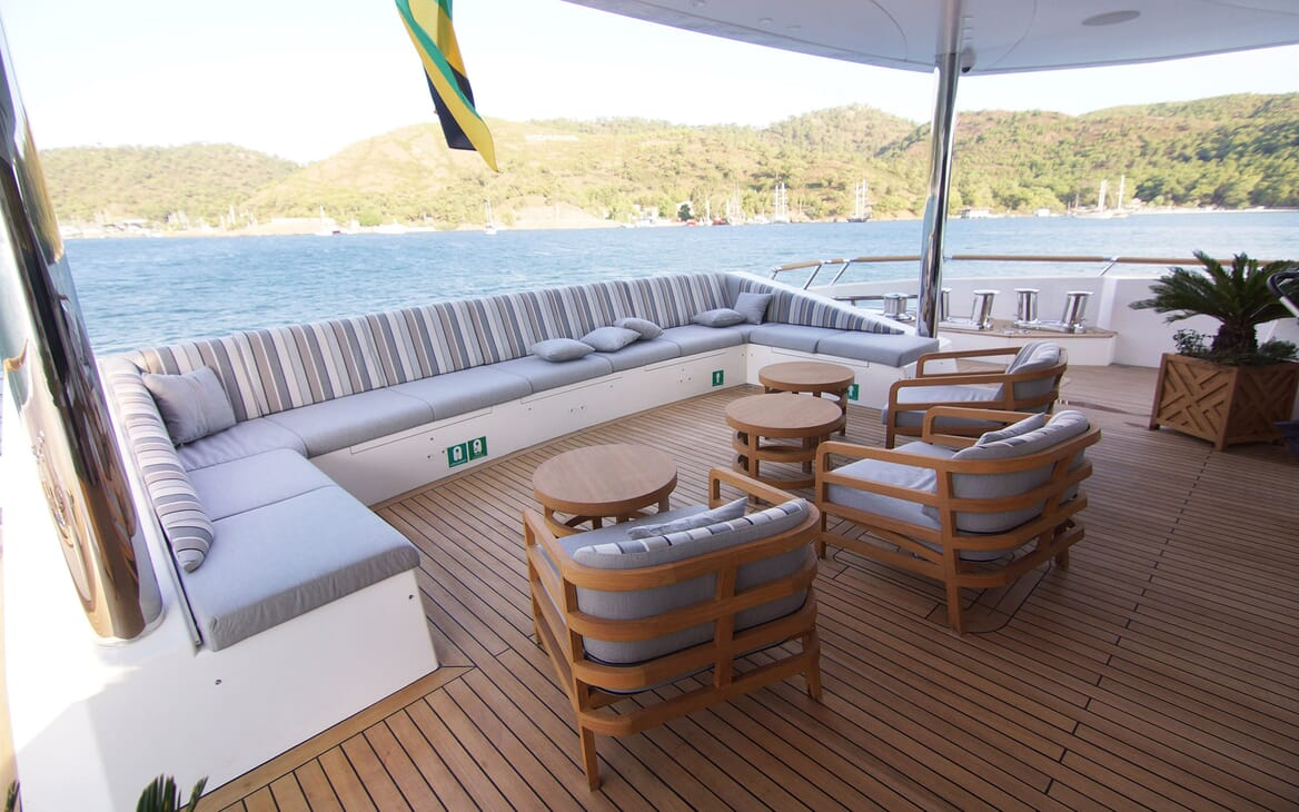 Motor Yacht BABA'S Aft Deck Seating