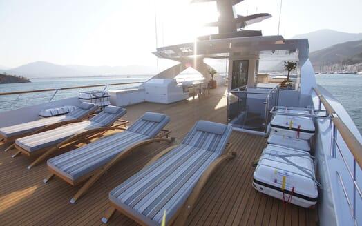 Motor Yacht BABA'S Full Sun Deck