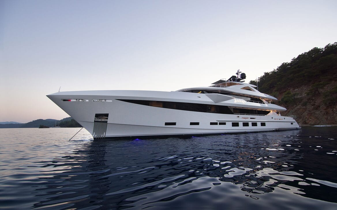 Motor Yacht BABA'S Exterior