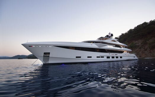 Motor Yacht BABA'S Exterior