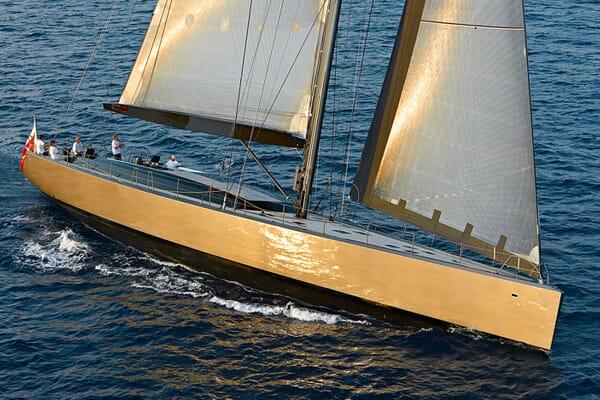 Sailing Yacht CHRISCO Profile Underway