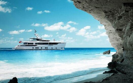Motor Yacht DYNAMIQ G350 Landscape Profile