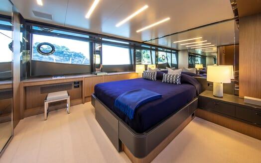 Motor Yacht JULIA S Master Stateroom