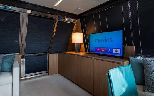 Motor Yacht JULIA S Main Saloon TV