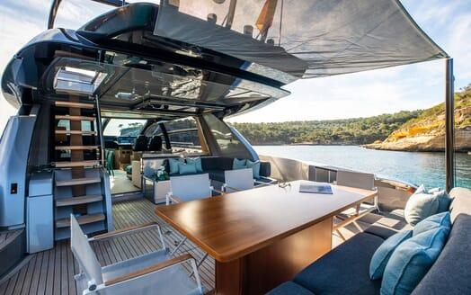Motor Yacht JULIA S Aft Deck Table