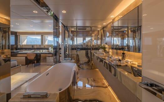 Motor Yacht LEL Master Bathroom
