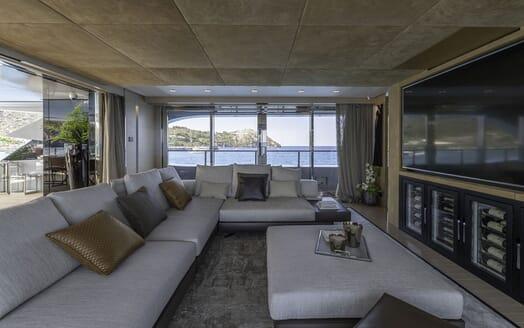 Motor Yacht LEL Cinema Room