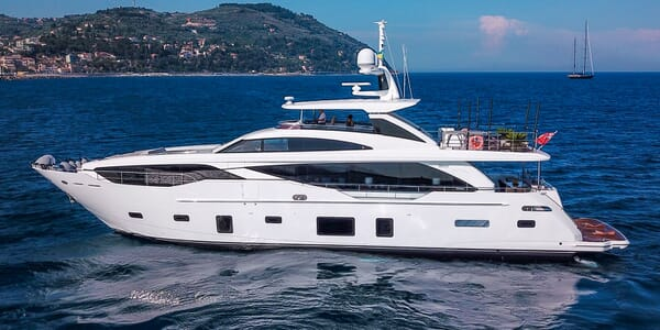 Motor Yacht INK Profile