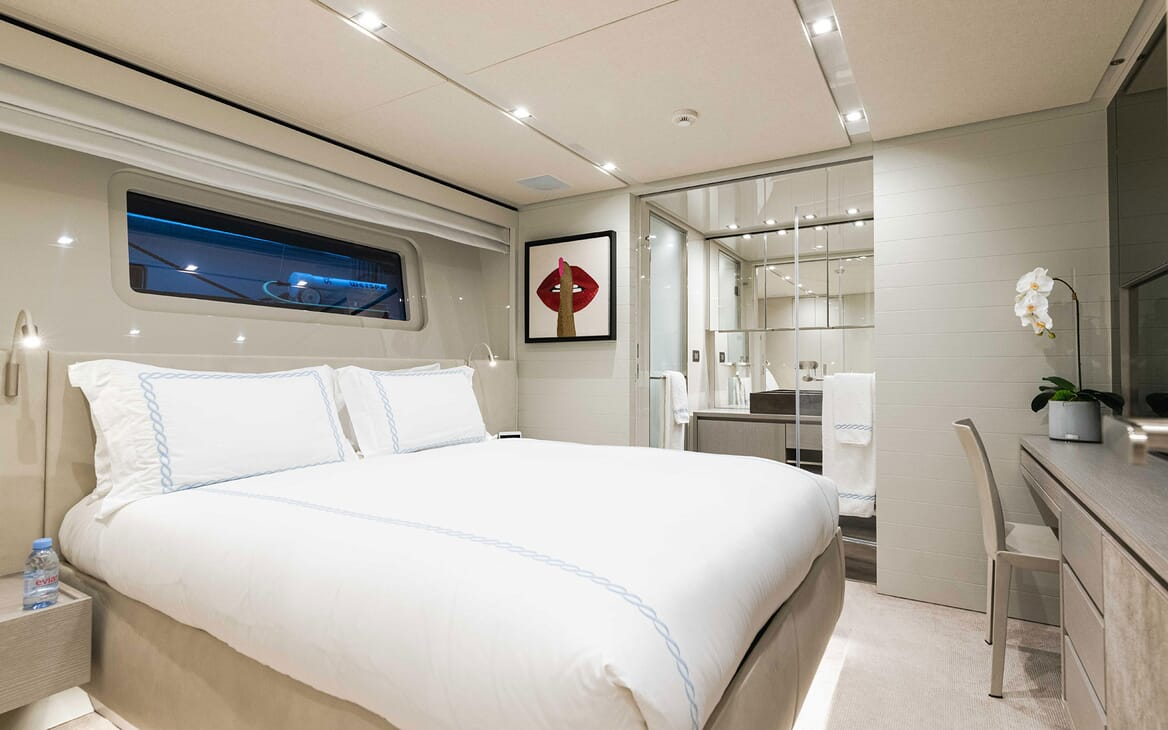 Motor Yacht HALCYON Double Guest Stateroom