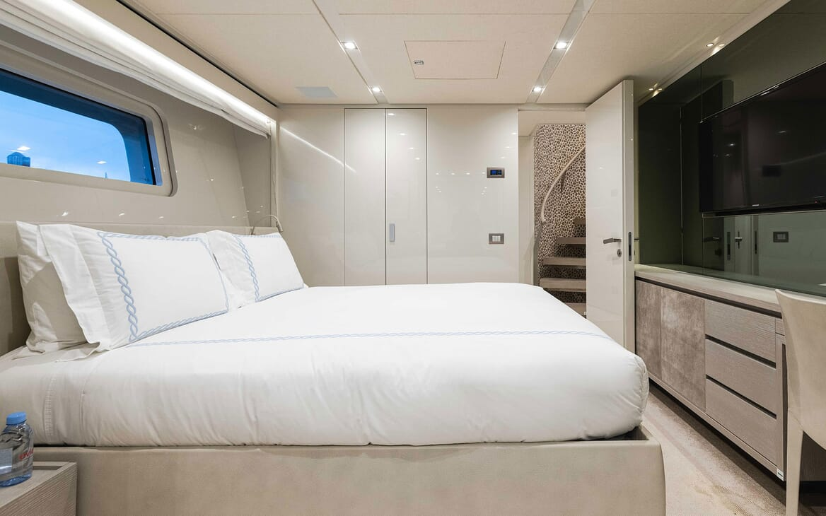 Motor Yacht HALCYON Second Guest Double