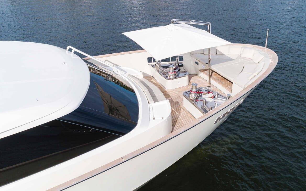Motor Yacht HALCYON Sun Deck Wheel