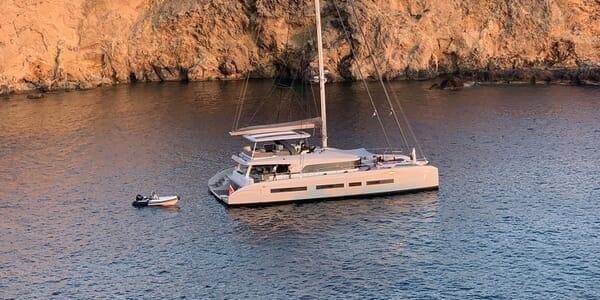 Sailing Yacht THUNDERBOLT Profile