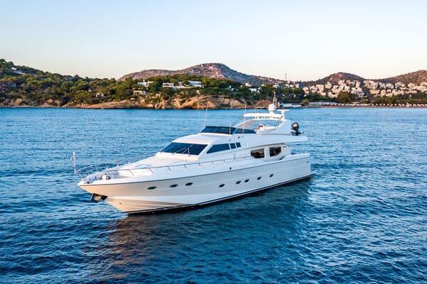 Motor Yacht PAREAKI Profile