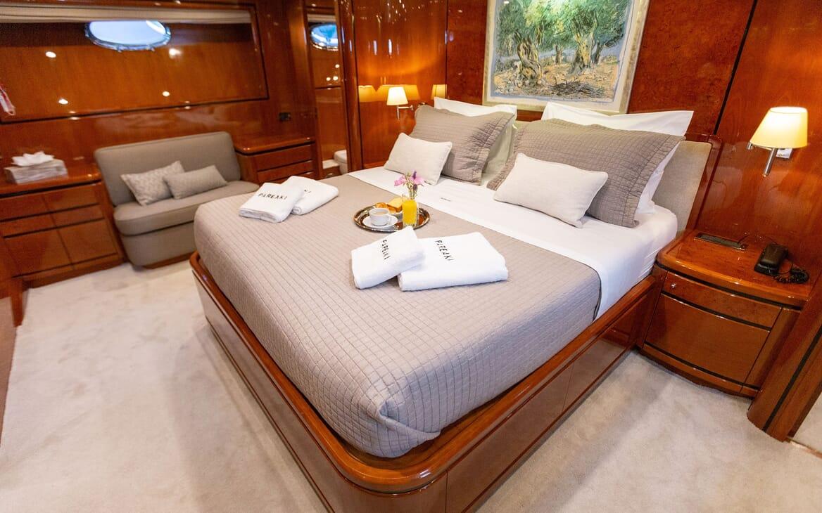 Motor Yacht PAREAKI Master Stateroom