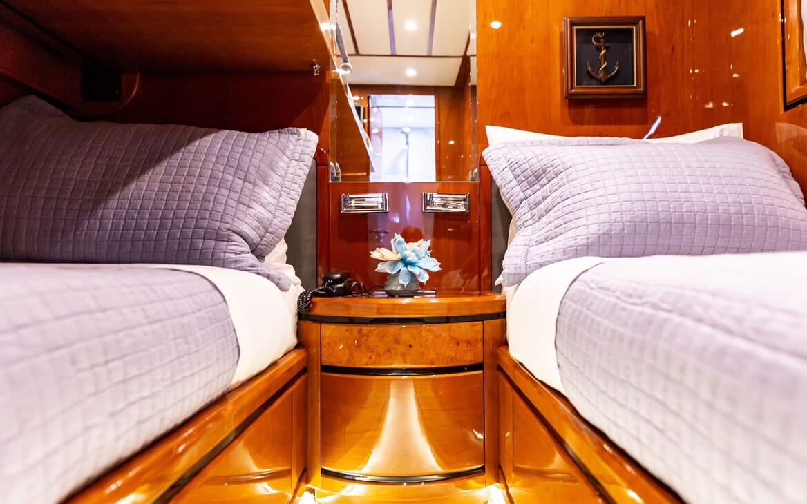 Motor Yacht PAREAKI Twin Guest Stateroom