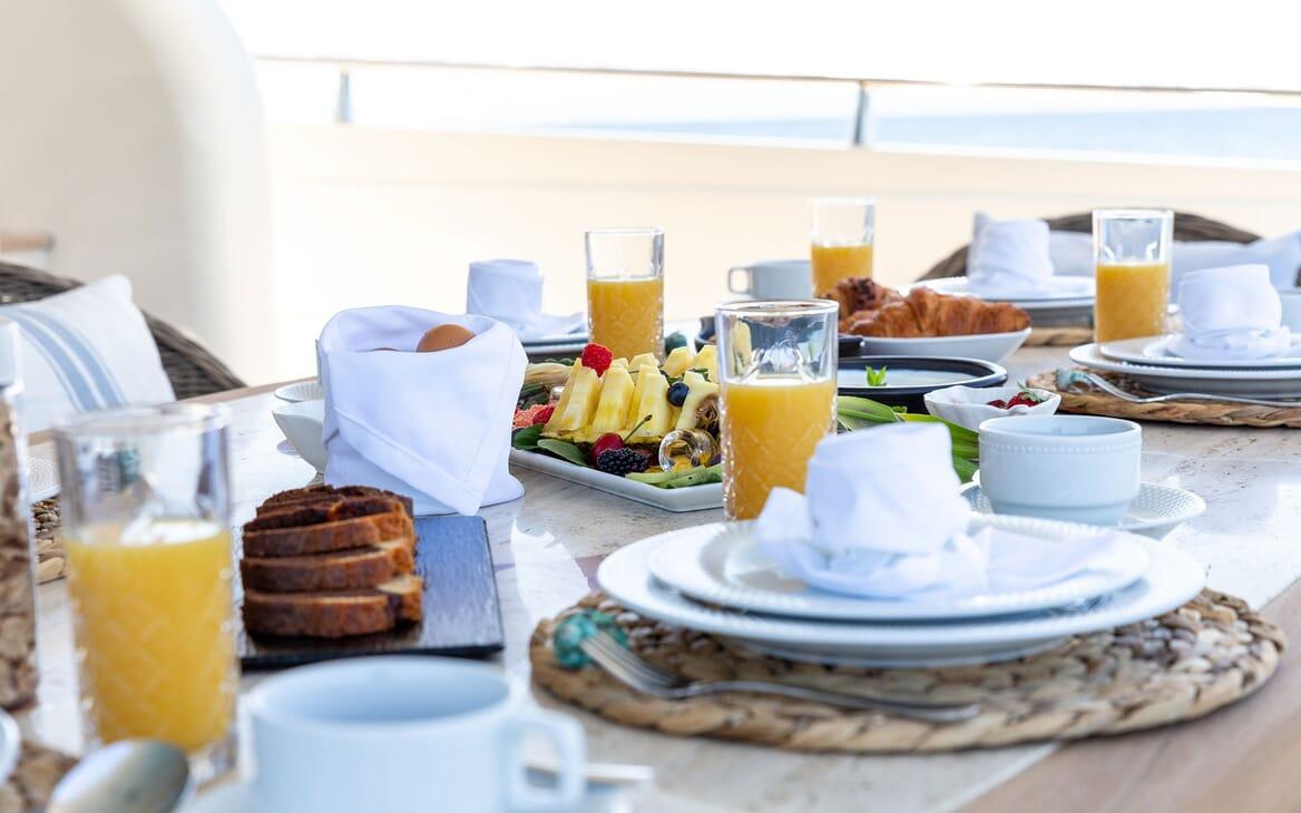 Motor Yacht PAREAKI Aft Al Fresco Breakfast Setup