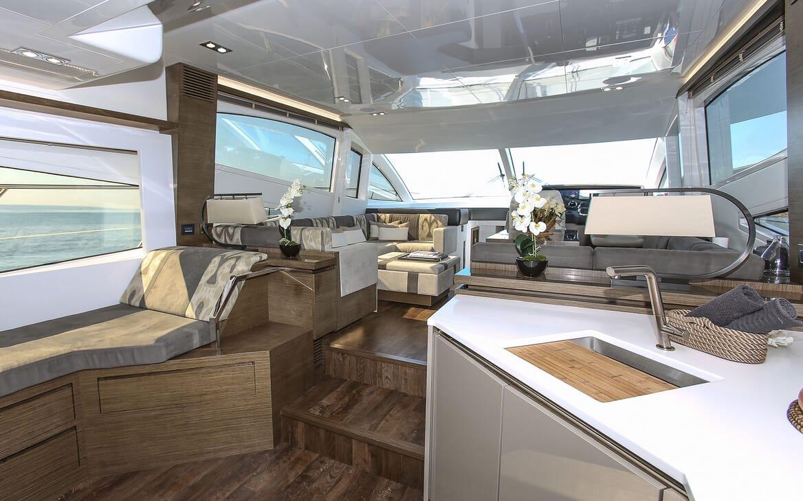 Motor Yacht HONEYBEEZ II Main Saloon Looking Forward