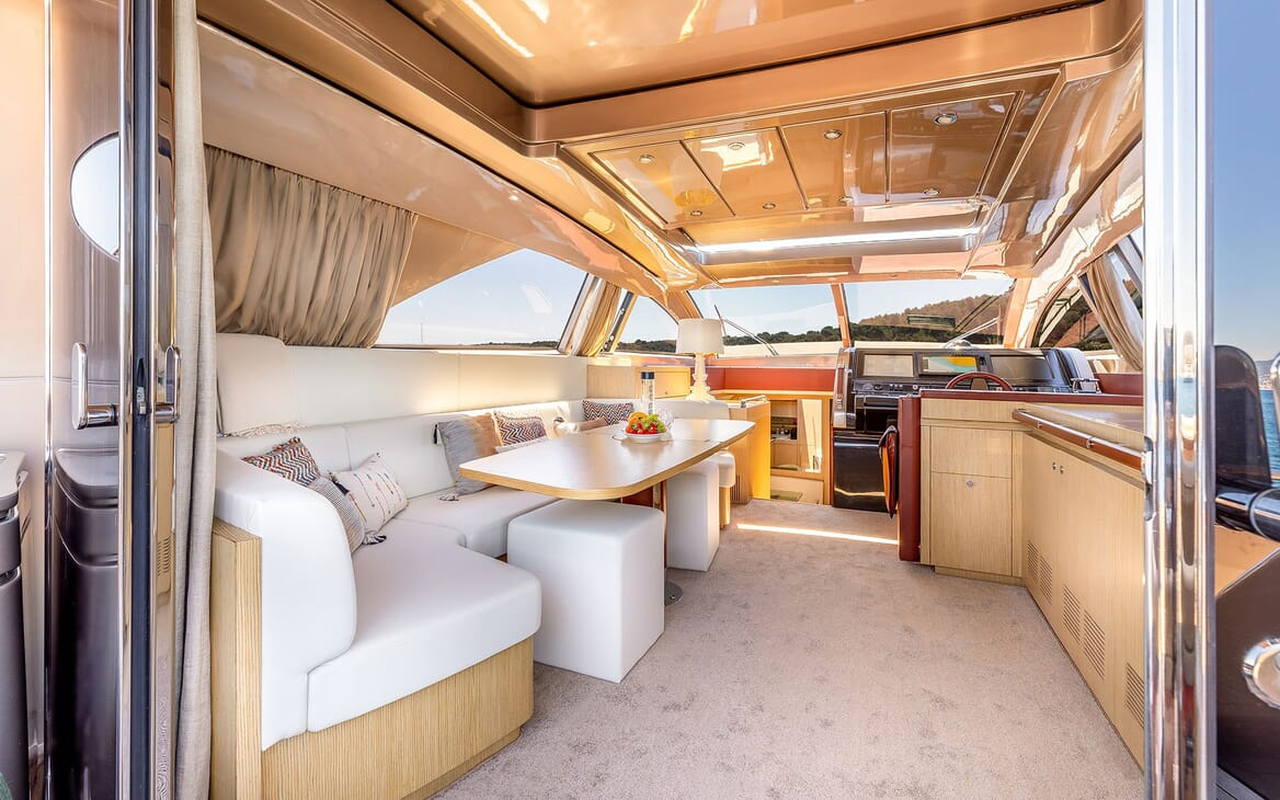 Motor Yacht R Dining Table and Wheelhouse