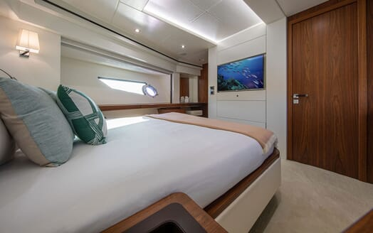 Motor Yacht RUSH X Guest Double Stateroom
