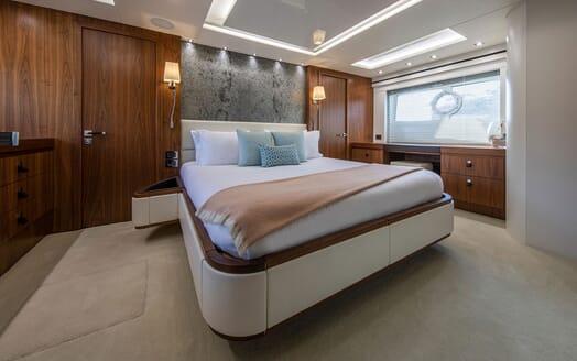 Motor Yacht RUSH X Master Stateroom